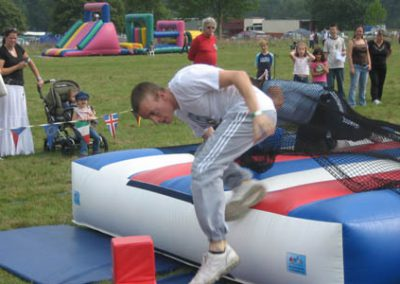 Team Building / It's a Knockout